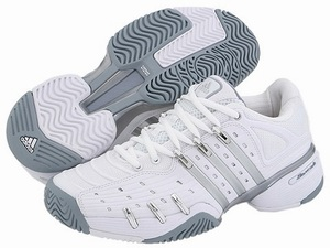 кaкие носки идут под белые туфли